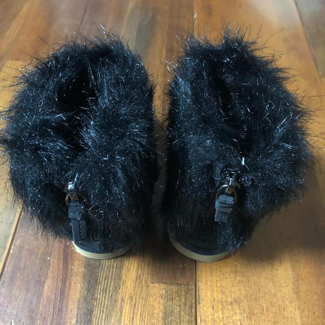 babyGAP(ベビーギャップ)のファーブーツ キッズ/ベビー/マタニティのベビー靴/シューズ(~14cm)(ブーツ)の商品写真