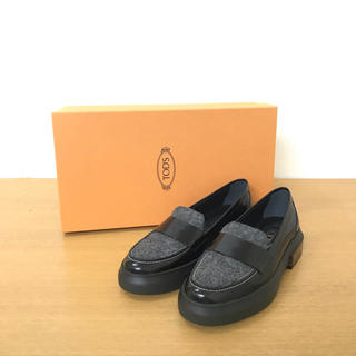 TOD'S - 美品 TODS トッズ  ローファー 靴 黒×グレー ☆セリーヌ ロエベ グッチ