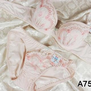 033★A75 M★美胸ブラ ショーツ 谷間メイク フラワーアーチ刺繍 ピンク(ブラ&ショーツセット)