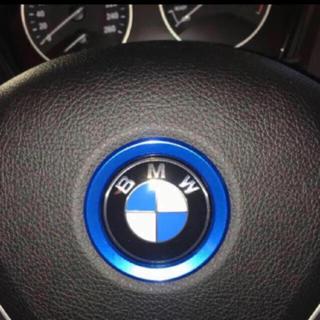 BMW - BMW ドレスアップ!アルミ製ステアリングセンターリング ブルー 新品