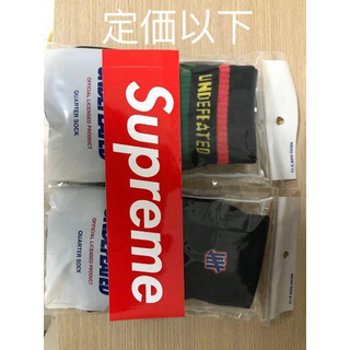 Supreme - undefeated socks ステッカー付き