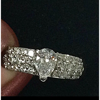 一時お値下げ❗️高品質  極上 ダイヤモンド ペアシェイプ リング 指輪(リング(指輪))