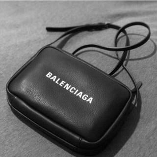 バレンシアガ(Balenciaga)のバレンシアガ エブリデイカメラバッグ S(ショルダーバッグ)