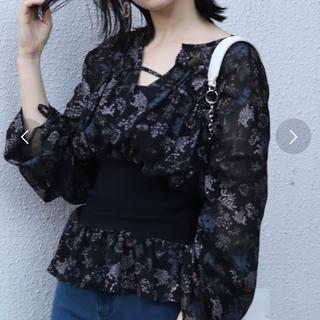 ムルーア(MURUA)のガーデンフラワーシャツ(Tシャツ(長袖/七分))
