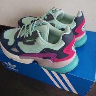 アディダス(adidas)のアディダス ファルコン マルチカラー ダッドスニーカー(スニーカー)