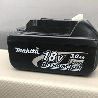 マキタ(Makita)のマキタ  本体とセット‼️もんちゃん様専用。(バッテリー/充電器)