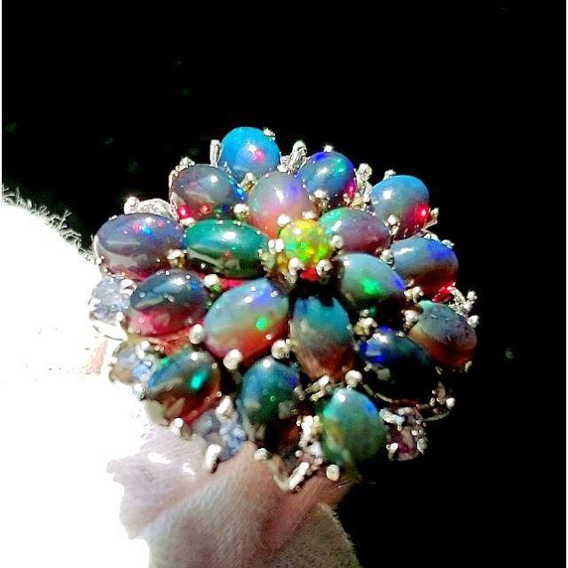 新品★鑑別書付★最上級15号 七色の銀河10ct天然ブラックオパール 指輪 レディースのアクセサリー(リング(指輪))の商品写真