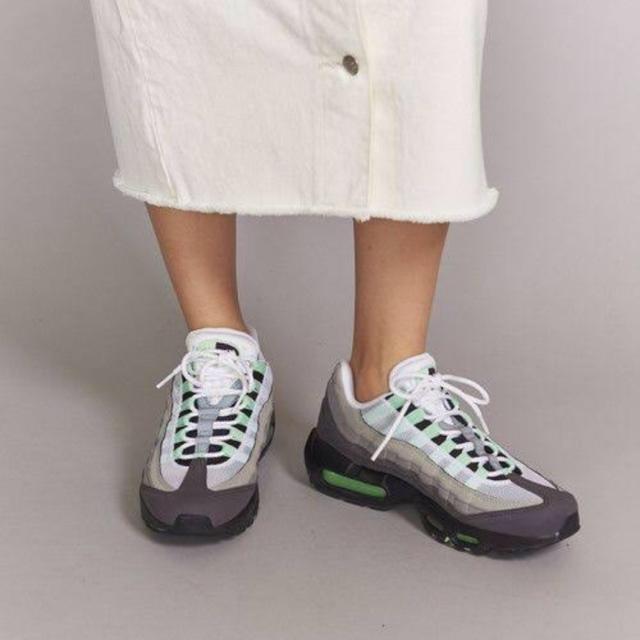 NIKE(ナイキ)の24.5cm 【他サイズあり】ナイキ エアマックス 95 ミント レディースの靴/シューズ(スニーカー)の商品写真