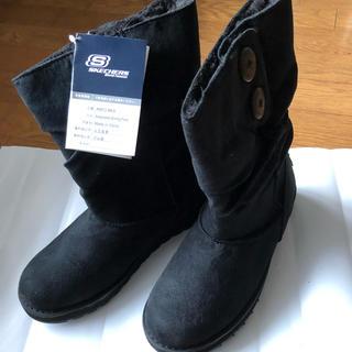スケッチャーズ(SKECHERS)の新品未使用 スケッチャーズ SKECHERS 黒スエード調ショートブーツ24(ブーツ)