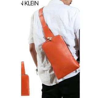 カルバンクライン(Calvin Klein)のカルバンクライン ボディバッグ メンズ 日本製 スリムパック [レザー]美品 (ボディーバッグ)