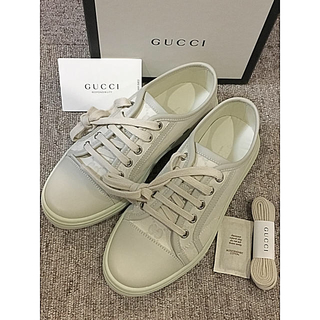 グッチ(Gucci)の☆新品未使用☆ グッチ  スニーカー グレー(スニーカー)