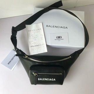 バレンシアガ(Balenciaga)のBalenciagaウエストバッグ(ボディバッグ/ウエストポーチ)