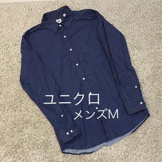 ユニクロ(UNIQLO)のユニクロドット柄シャツ メンズM(シャツ)