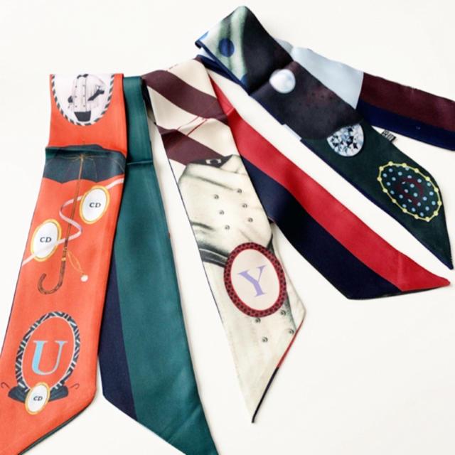 アルファベット イニシャル ツイリー  スカーフ ミッツア レディースのファッション小物(バンダナ/スカーフ)の商品写真