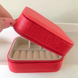 アフタヌーンティー(AfternoonTea)のジュエリーボックス ボックス レッド 赤 カルティエ アクセサリーボックス 箱(小物入れ)