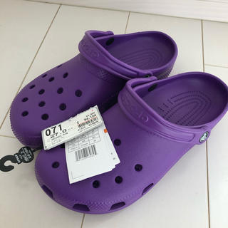 クロックス(crocs)の新品 未使用 crocs クロックス 27.0センチ 紫 パープル バンド(サンダル)