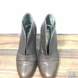 R32462 モードエジャコモ 靴 ブーティ 23.5cm carino(ブーティ)