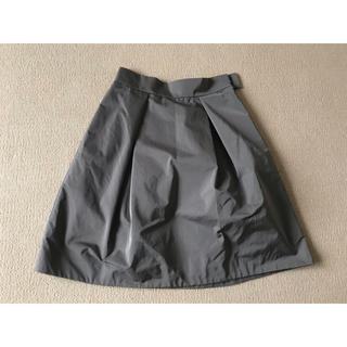 バーニーズニューヨーク(BARNEYS NEW YORK)の美品❤︎バーニーズニューヨーク カーキ スカート (ひざ丈スカート)