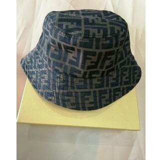 フェンディ(FENDI)のFENDIフェンデイ バケットハット帽子(ハット)