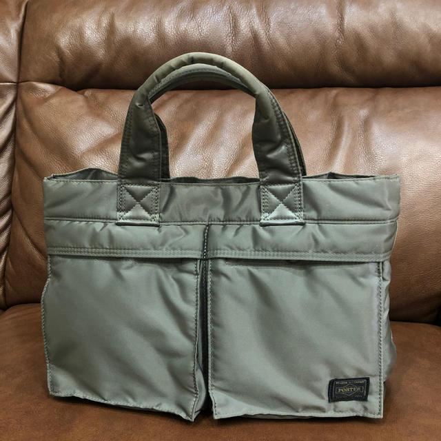 PORTER(ポーター)のPORTER ポーター タンカー グレー!美品! メンズのバッグ(トートバッグ)の商品写真