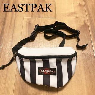 イーストパック(EASTPAK)の★未使用★EASTPAK イーストパック ミニショルダーバッグ 白 黒 ポーチ(ショルダーバッグ)