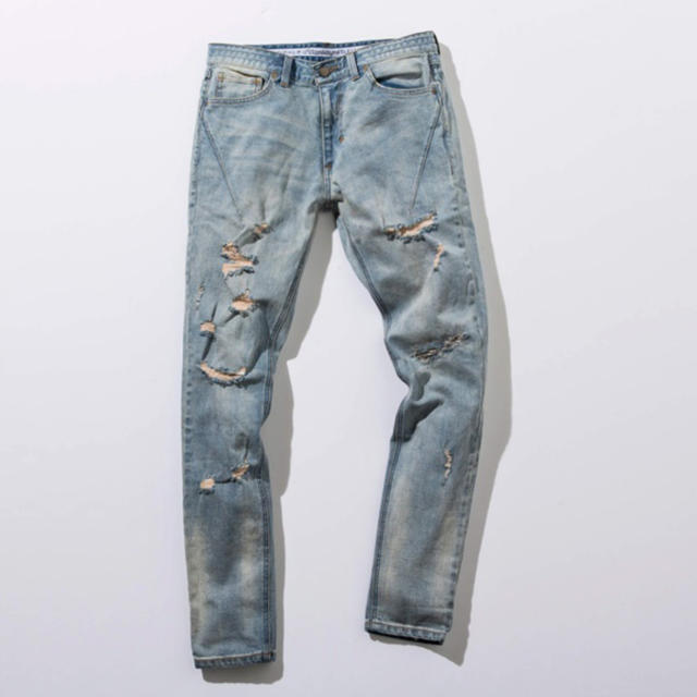 NUMBER (N)INE(ナンバーナイン)のナンバーナイン ダメージ加工デニムパンツ メンズのパンツ(デニム/ジーンズ)の商品写真