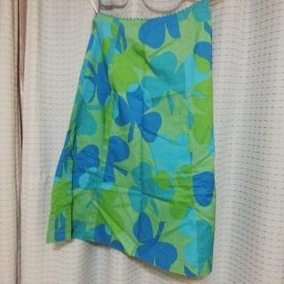 マーブルインク(marble ink)のスカートクローバー青と緑夏素材(ひざ丈スカート)