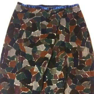 ミナペルホネン(mina perhonen)のミナペルホネンpiazzaスカート(ひざ丈スカート)