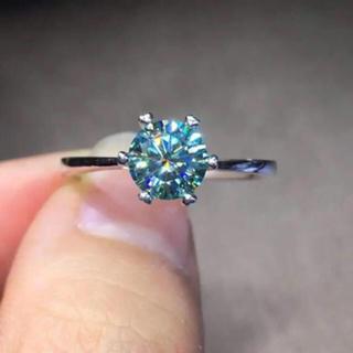 【1カラット 】輝くブルー モアサナイト ダイヤモンド リング(リング(指輪))