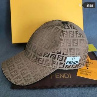 フェンディ(FENDI)のFENDI  キャップ(キャップ)