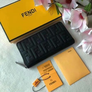 FENDI - FENDI 長財布 大人気
