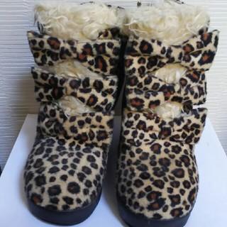 ロニィ(RONI)のRONIのヒョウ柄ブーツ☆20センチ☆(ブーツ)