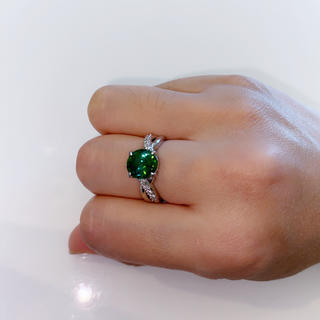 ☆美品☆Pt900大粒グリーントルマリン&ダイヤリング(リング(指輪))