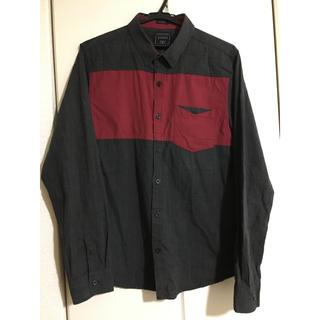 ゲス(GUESS)のGUESS &トランスコンチネンタルシャツ(シャツ)