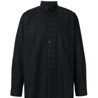 バレンシアガ(Balenciaga)のBALENCIAGA ロゴプリントシャツ(シャツ)