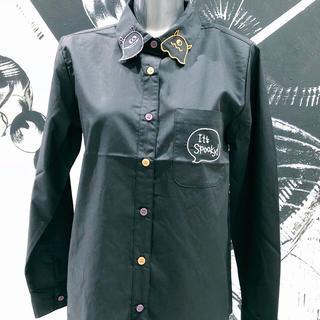 ファンキーフルーツ(FUNKY FRUIT)の襟オバケ刺繍シャツ ブラック(シャツ/ブラウス(長袖/七分))
