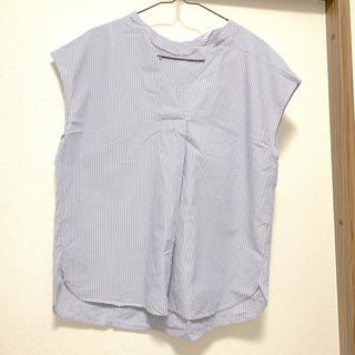 ジーユー(GU)の青ストライプシャツ GU(シャツ/ブラウス(半袖/袖なし))