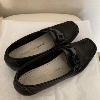 サルヴァトーレフェラガモ(Salvatore Ferragamo)のフェラガモ ローファー 21.5〜22.0(ローファー/革靴)