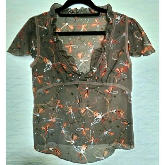 23区(ニジュウサンク)の23区 フリルブラウス レディースのトップス(シャツ/ブラウス(半袖/袖なし))の商品写真