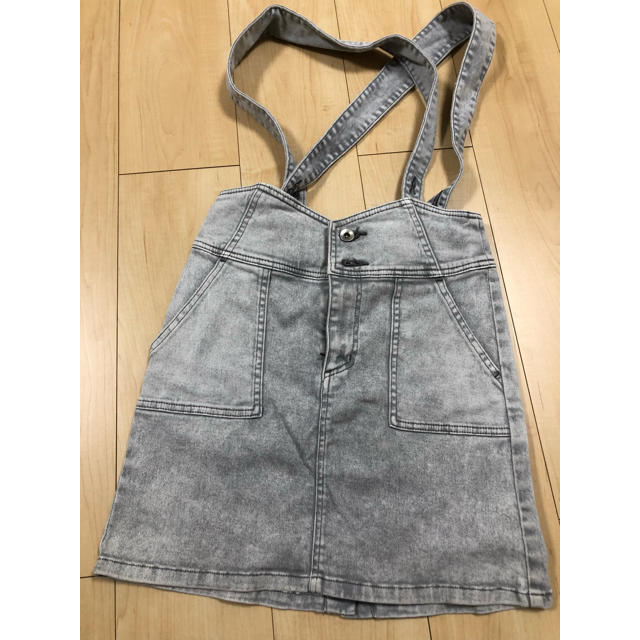 LOWRYS FARM(ローリーズファーム)のデニムスカート  グレー ローリーズファーム レディースのスカート(ミニスカート)の商品写真