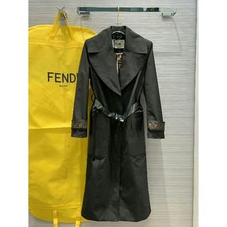 フェンディ(FENDI)の正規品Fendiフェンデイ ロングコート ベルト レディース(ロングコート)