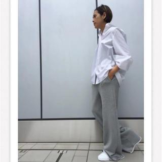アパルトモンドゥーズィエムクラス(L'Appartement DEUXIEME CLASSE)のAP STUDIO  ホワイト シャツ クリーニング済み(シャツ/ブラウス(長袖/七分))