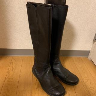 カンペール(CAMPER)のCAMPER カンペールロングブーツ 黒 ブラック 本革(ブーツ)