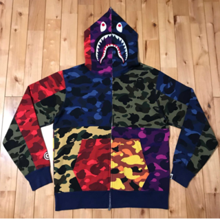 アベイシングエイプ(A BATHING APE)のMIX CAMO CRAZY SHARK FULL ZIP HOODIE XL(パーカー)