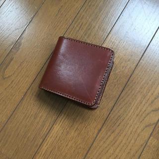 ヘルツ(HERZ)のほぼ新品!ヘルツ 二つ折り財布 ブラウン(折り財布)