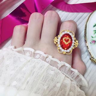 真っ赤な宝石リング(リング)