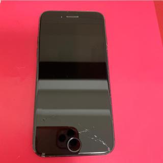 アップル(Apple)のiPhone7 32GB au ブラック画面割れ(スマートフォン本体)