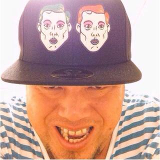 パンクドランカーズ(PUNK DRUNKERS)の激レア⭐️口青マキコ&エスミキャップ 野性爆弾くっきー 紫歯茎(お笑い芸人)