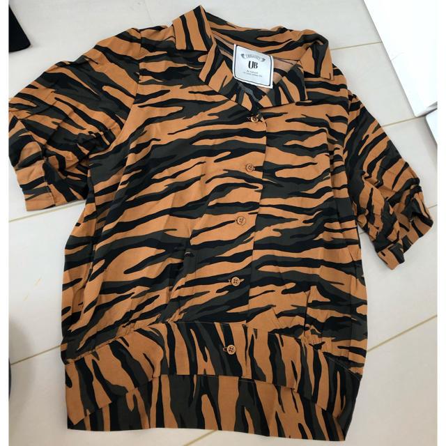 しまむら(シマムラ)の開襟シャツ トラ柄 しまむら レディースのトップス(シャツ/ブラウス(半袖/袖なし))の商品写真