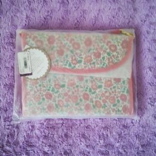 アフタヌーンティー(AfternoonTea)のAfternoon Tea LIVING  リバティプリント 母子手帳ケースS(母子手帳ケース)